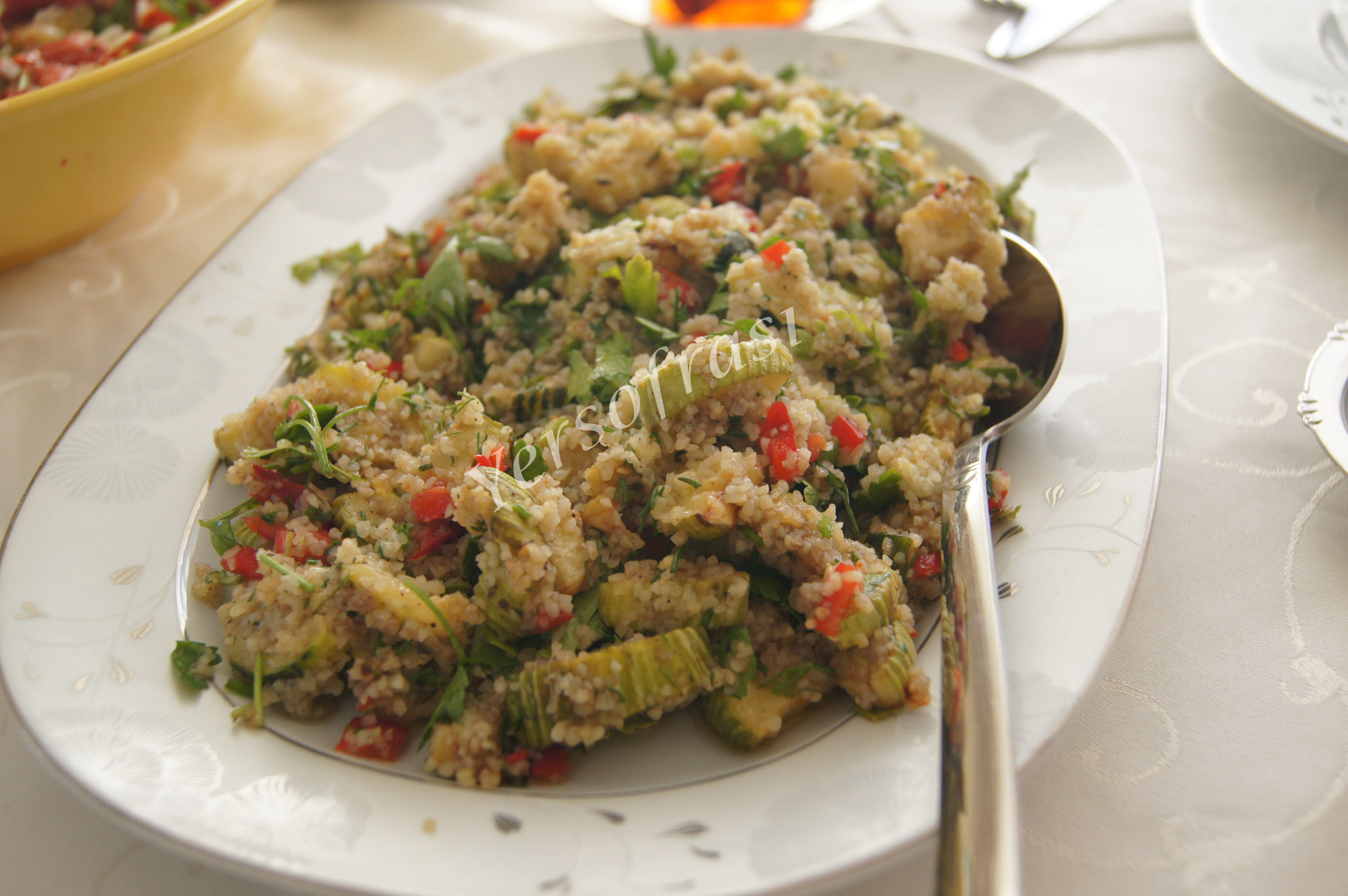 kabakli bulgurlu salata
